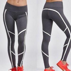 ALO Yoga Talia Leggings Gray White S